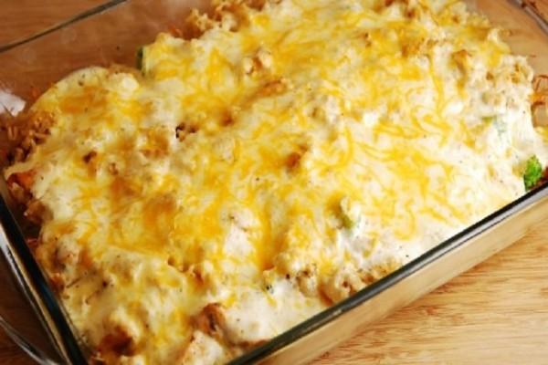 Κοτόπουλο με πατάτες σουφλέ με μπεσαμέλ και τυρί ! (Video)