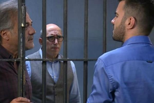 Έλα στη Θέση μου: Ο Βλάσης ετοιμάζεται ν' αντιμετωπίσει τους απαγωγείς!