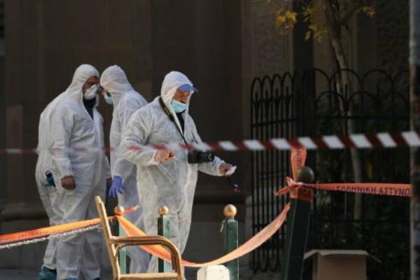 Εκρηξη στο Κολωνάκι: Στοιχεία από κάμερες ασφαλείας στην περιοχή εξετάζει η Αντιτρομοκρατική