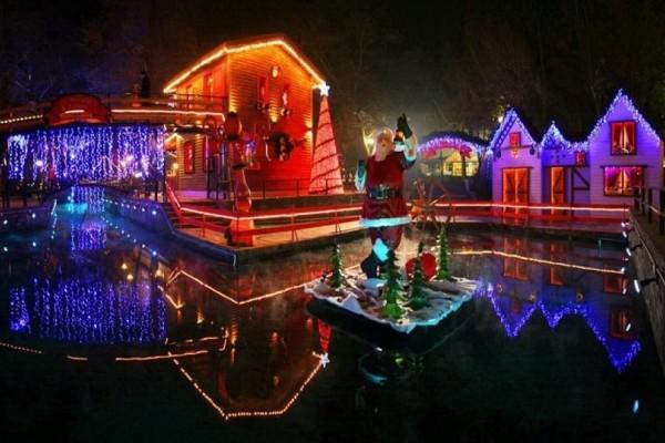 Ιδανικοί για τα Χριστούγεννα: 4 πανέμορφοι προορισμοί που αξίζει να επισκεφθείτε!