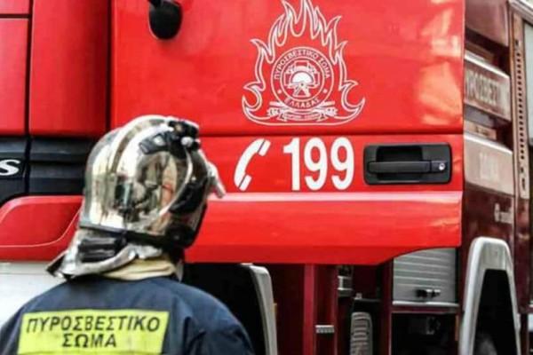 Αργολίδα: Η Πυροσβεστική απεγκλώβισε 4 άτομα από Ι.Χ. λόγω χιονιού!