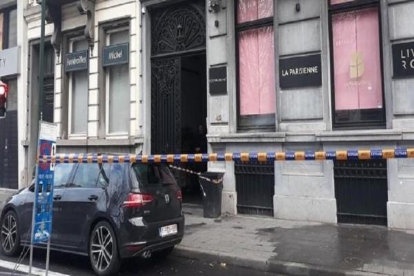 Πανικός στις Βρυξέλλες: Πυροβολισμοί με καλάσνικοφ σε εστιατόριο!