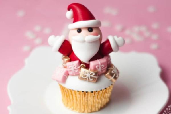 Φτιάξε τα πιο νόστιμα Santa cupcakes!