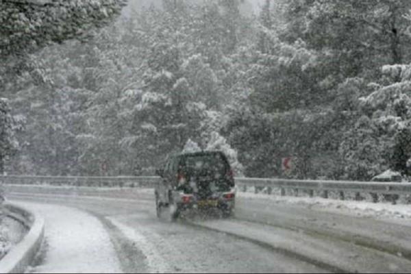 Συμβαίνει τώρα: Διακοπή κυκλοφορίας στην Πάρνηθα!