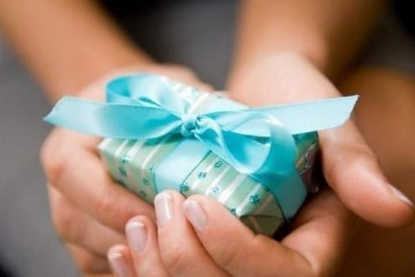 Ποιοι γιορτάζουν σήμερα, Παρασκευή 11 Ιανουαρίου σύμφωνα με το εορτολόγιο;