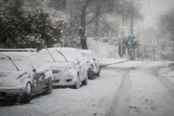 Τραγικό: Αποκλεισμένο από τα χιόνια μεγάλο νοσοκομείο της Αθήνας!