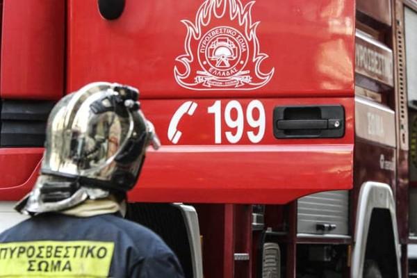 Τραγωδία στη Νίκαια: Νεκρός άνδρας μετά από πυρκαγιά σε διαμέρισμα