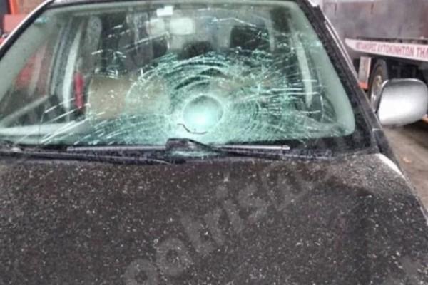 Φρίκη στην Ηλεία: Ανατριχιαστικός θάνατος οδηγού που βρισκόταν έξω από το ΙΧ του!