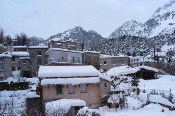 Νεκρός άνδρας από τον χιονιά που χτύπησε την Ελλάδα: Πέθανε αβοήθητος στο αποκλεισμένο του χωριό!