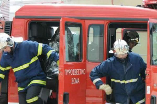 Συναγερμός στα Σεπόλια: Ένας νεκρός από πυρκαγιά σε εγκαταλελειμμένο κτήριο