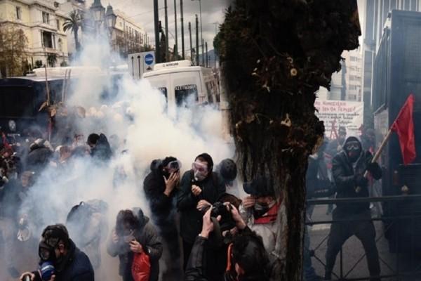 Συλλαλητήριο για τη Μακεδονία: Μήνυση για τα ληγμένα χημικά στο Σύνταγμα από τον Ιατρικό Σύλλογο Αθηνών!
