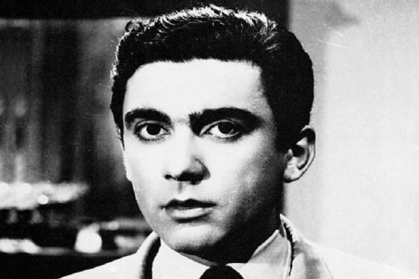 Σαν σήμερα στις 16 Ιανουαρίου το 1998 πέθανε ο Δημήτρης Χορν