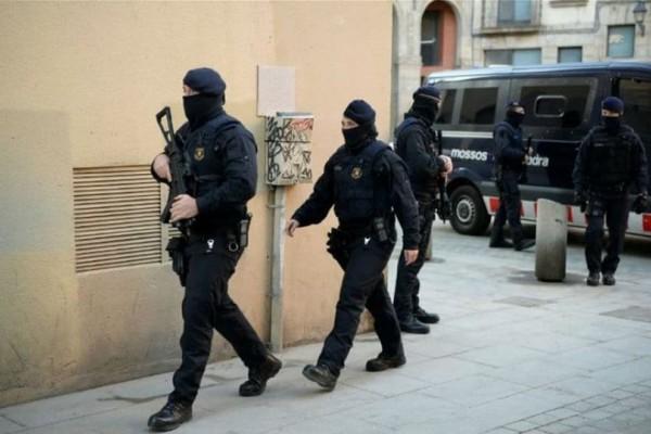 Βαρκελώνη: Τρομοκράτες σχεδίαζαν μαζική επίθεση
