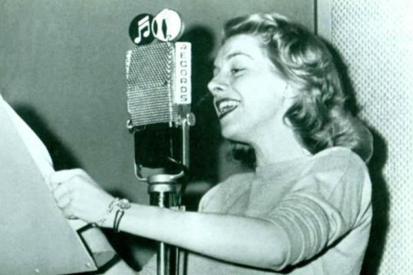 Σαν σήμερα, στις 14 Ιανουαρίου το 1954 κυκλοφόρησε το Mambo Italiano!