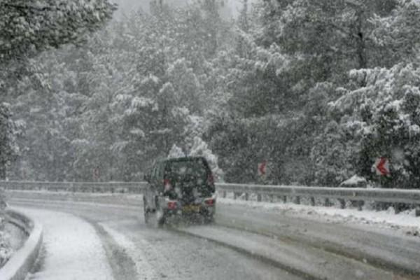 Διακοπή κυκλοφορίας λόγω χιονόπτωσης!