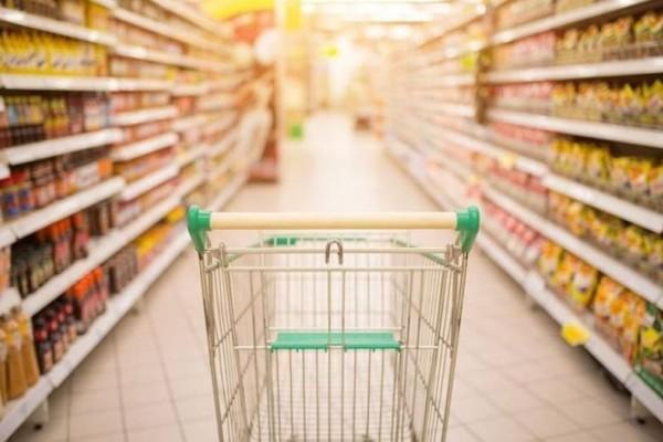Σοκ σε κορυφαία σούπερ μάρκετ: «Πάγωσαν» οι πελάτες με αυτό που αντίκρισαν!