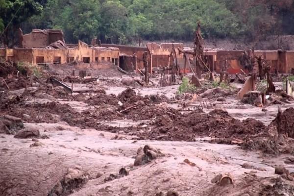 Σοκ στη Βραζιλία: Κατέρρευσε φράγμα σε ορυχείο, τουλάχιστον 200 αγνοούμενοι!