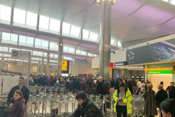 Συναγερμός στο Λονδίνο: Έκλεισε το αεροδρόμιο Χίθροου!