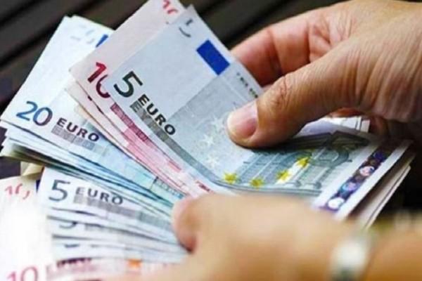 Αύξηση κατώτατου μισθού: Όσα πρέπει να ξέρετε για τα λεφτά που θα παίρνετε!