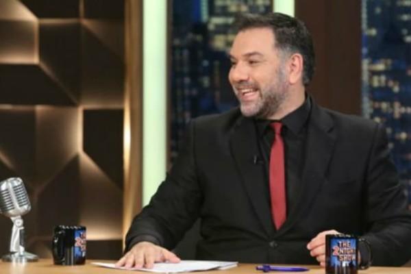 Γρηγόρης Αρναούτογλου: Οι αποψινοί καλεσμένοι του «The 2night show»!