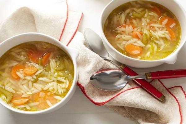 Μύθος ή πραγματικότητα; - Τελικά πόσο καλό κάνει μια σούπα στο κρυολόγημα;