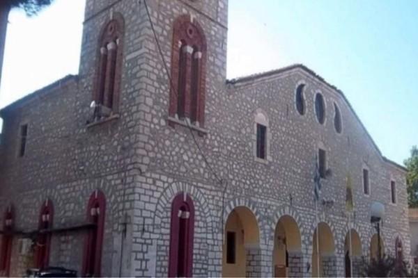 Ιερέας εξαφανίστηκε με εικόνες άνω των 140.000 ευρώ στον Τύρναβο!