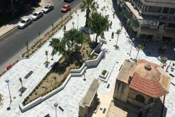 Συναγερμός στο Ηράκλειο: Άνδρας απειλεί να αυτοπυρποληθεί σε κεντρική πλατεία!