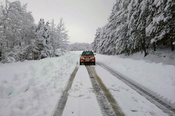 Έκτακτο δελτίο καιρού από την ΕΜΥ: Σφοδρές χιονοπτώσεις και στην Αττική! Πτώση 10+ βαθμών!