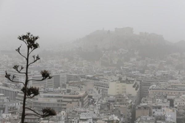 Αφρικανική σκόνη και καταιγίδες προβλέπονται σήμερα, Δευτέρα! - Πού θα κυμανθεί η θερμοκρασία;