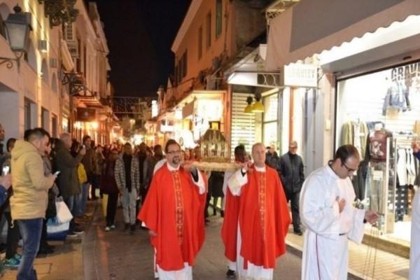 Η Μυτιλήνη γιορτάζει τον Άγιο Βαλεντίνο
