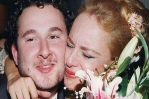 Γιάννης Παπαμιχαήλ: Θα πάθετε πλάκα μόλις δείτε πόσο ίδια με την Αλίκη Βουγιουκλάκη είναι η σύντροφός του!