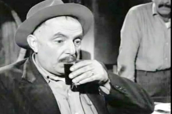 Ορέστης Μακρής, ο τενόρος που έκανε καριέρα σε ρόλο μεθύστακα, αν και δεν έπινε γουλιά!