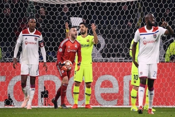 Champions League: Λιόν - Μπαρτσελόνα 0-0!