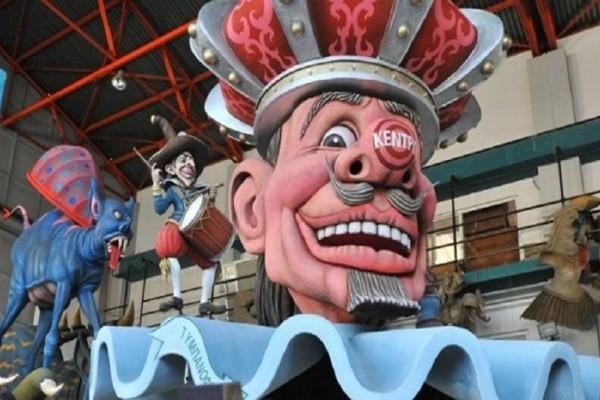 Πατρινό Καρναβάλι: O δράκος της Κίνας και οι 300 του Λεωνίδα ζωντανεύουν ξανά! (video)