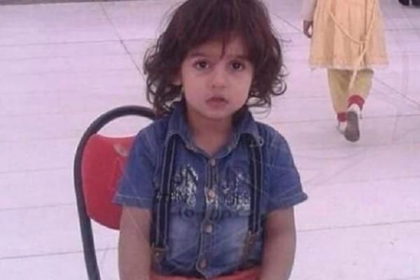 Φρίκη: Αποκεφάλισαν 6χρονο μπροστά στην μητέρα του λόγω θρησκείας!