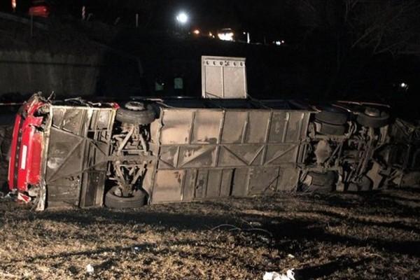 Εθνική τραγωδία στα Σκόπια: 14 νεκροί από ανατροπή λεωφορείου!