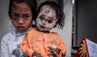 Το χωριό των ζωντανών νεκρών – Δεν γίνονται κηδείες και τα πτώματα κυκλοφορούν στους δρόμους μαζί με τους ζωντανούς! (Photos)