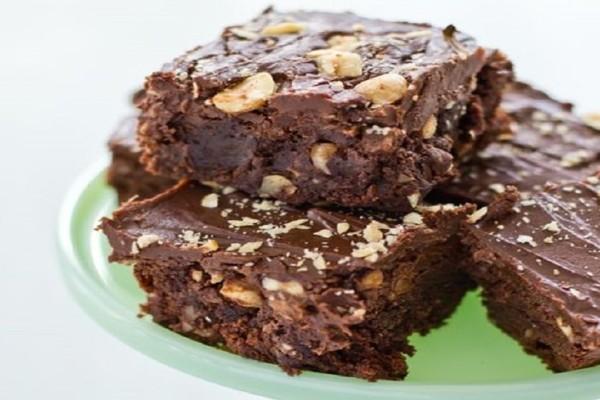 Brownies σοκολάτας με nutella και φουντούκια!