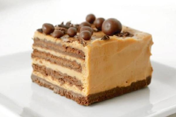 Chocotorta: Το πιο νόστιμο γλυκό της Αργεντινής με καραμέλα γάλακτος και τυρί κρέμα!