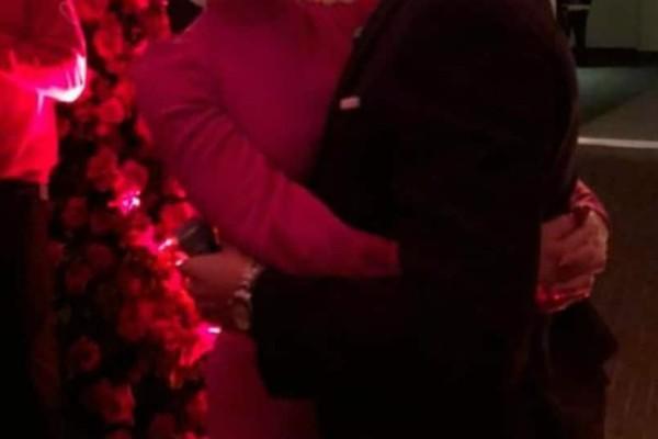 Βόμβα: Πασίγνωστο ζευγάρι αρραβωνιάστηκε την ημέρα του Αγίου Βαλεντίνου!