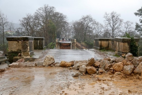 Περιφερειάρχης Κρήτης: Πάνω από 100 εκατ. ευρώ οι ζημιές από τις βροχοπτώσεις!
