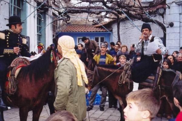 Λέσβος: Τα έθιμα που αναβιώνουν στο «Αγιασώτικο Καρναβάλι»!
