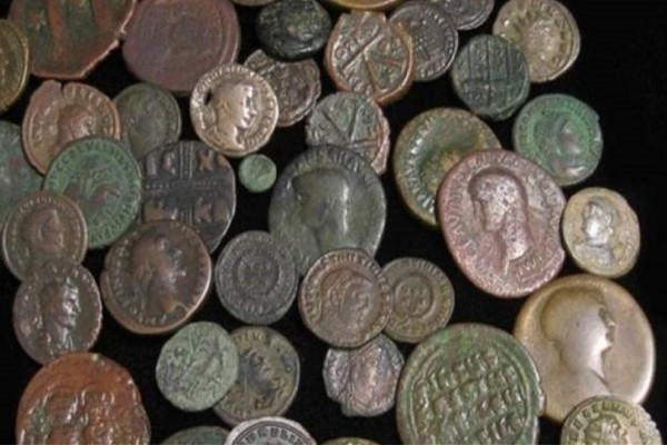 «Έπιασαν» 57χρονο με αρχαία νομίσματα στη Δράμα