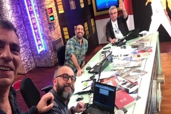 Ράδιο Αρβύλα: Άντεξε το «ξύλο» ο Αντώνης Κανάκης από το