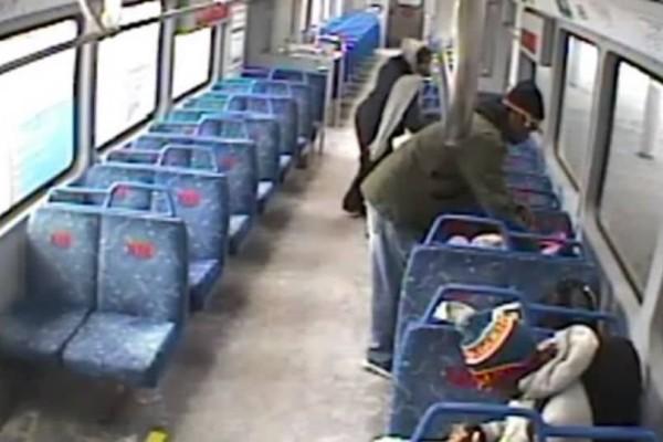 Απίστευτο περιστατικό: Άφησε το μωρό στο τρένο και βγήκε για... τσιγαράκι! (video)