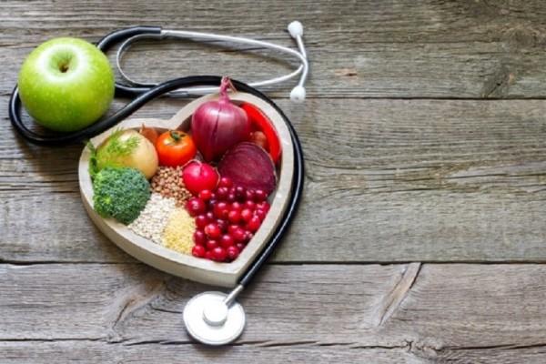 Ιδανικά για την πρόληψη και την αντιμετώπιση της υπέρτασης: Αυτές είναι οι τροφές που ρίχνουν την πίεση!