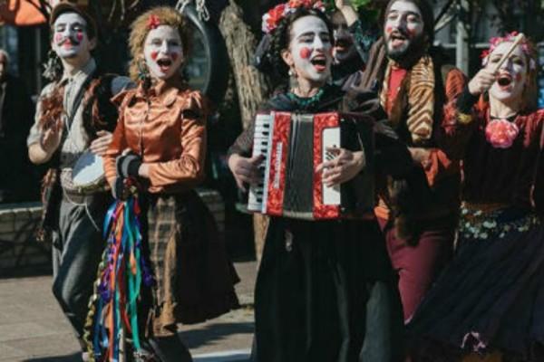 Δήμος Αθηναίων: Οι ετοιμασίες για μια Τσικνοπέμπτη με άρωμα παράδοσης και μουσικής!