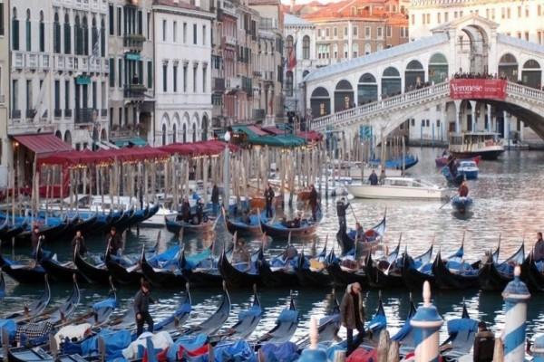 Η Βενετία επιβάλει «τέλος εισόδου» στους τουρίστες!