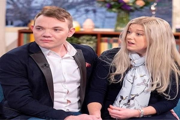 Απίστευτο! Έγιναν ζευγάρι από το διαδίκτυο και παντρεύτηκαν στο πρώτο ραντεβού!