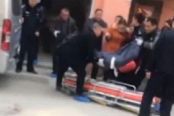 Σοκ: 13χρονος σκότωσε με μπαλτά τη μητέρα του γιατί πέταξε στο κενό τον σκύλο του!